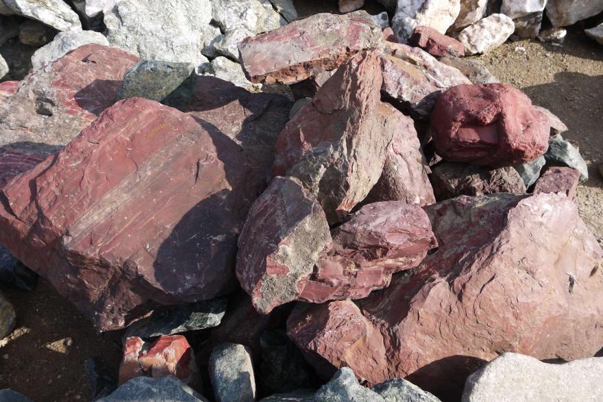 Ландшафтный камень - Яшма окварцованная - 11