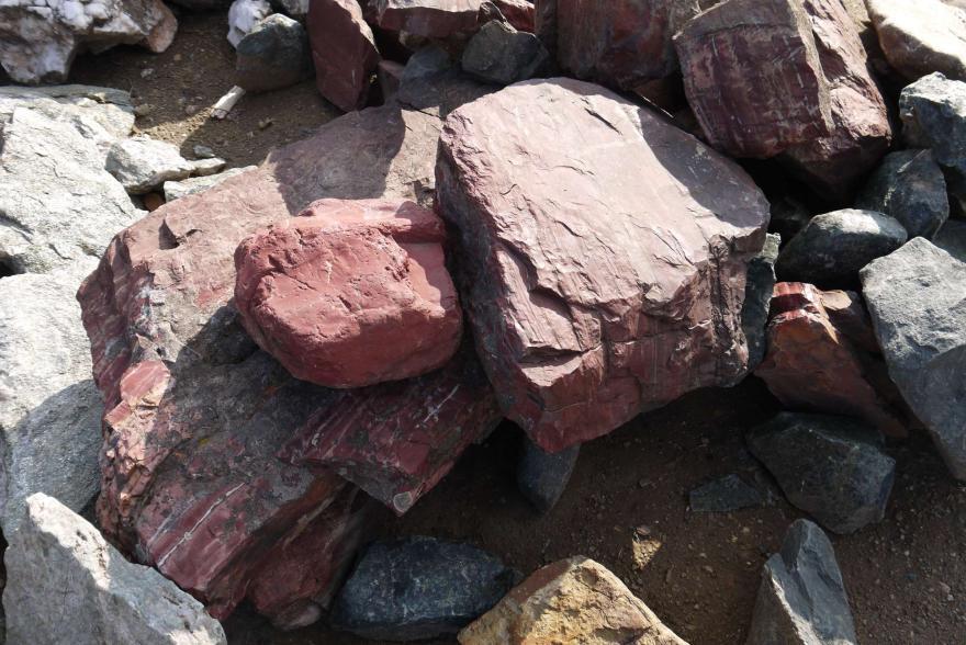 Ландшафтный камень - Яшма окварцованная - 12