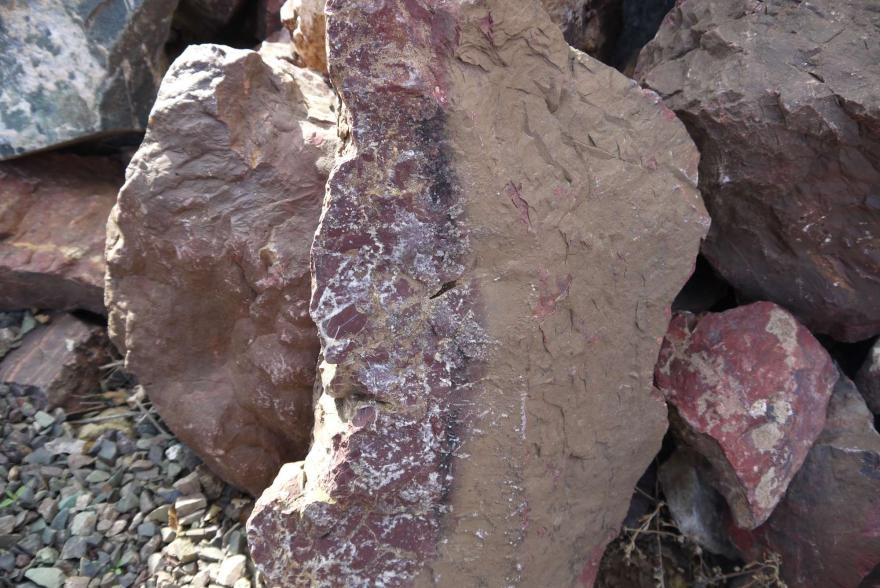 Ландшафтный камень - Яшма окварцованная - 5